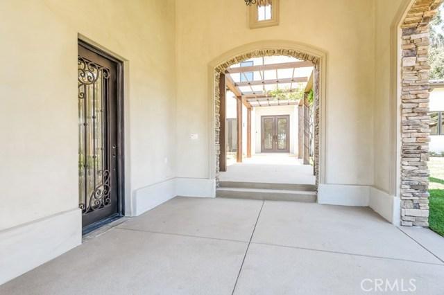 3237 Fairpoint Street, Pasadena CA: http://media.crmls.org/medias/26e33d28-f7a2-4681-8293-fb8e5d8be824.jpg