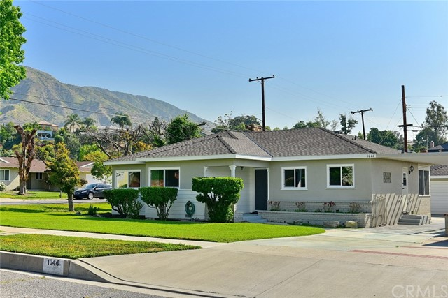 1044 N Pasadena Avenue, Azusa, CA 91702