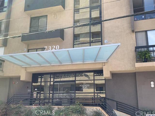 7320 Hawthorn Avenue, Los Angeles, California 90046, 2 Bedrooms Bedrooms, ,2 BathroomsBathrooms,Residential,For Rent,Hawthorn,319003198