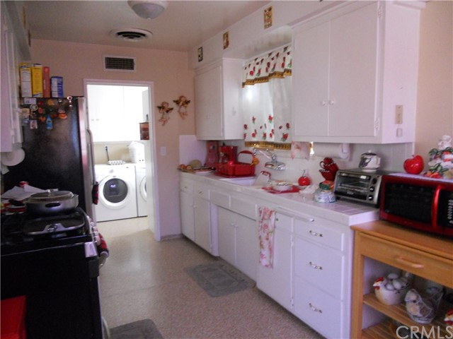21917 Arminta Street Canoga Park, CA 91304 - MLS #: DW17138825