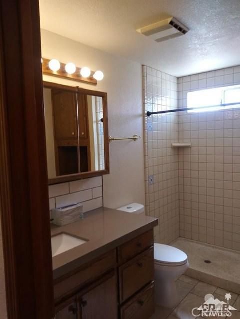 9351 Brookline Avenue, Desert Hot Springs CA: http://media.crmls.org/medias/26fce433-e057-4fc2-b725-c15a873d2796.jpg