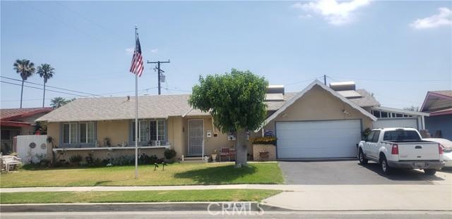 945 N Althea Avenue, Rialto CA: http://media.crmls.org/medias/2707ccbf-31d6-40b4-8ad7-578a6b8493f2.jpg