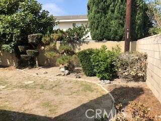 16341 Mercier Lane, Huntington Beach CA: http://media.crmls.org/medias/27129000-9129-4805-904b-4a101098d1bb.jpg