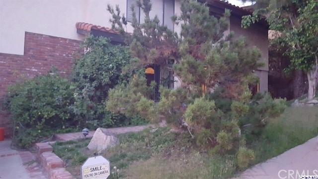 Single Family Home for Rent at 186 Wonderview Drive 186 Wonderview Drive Glendale, California 91202 United States