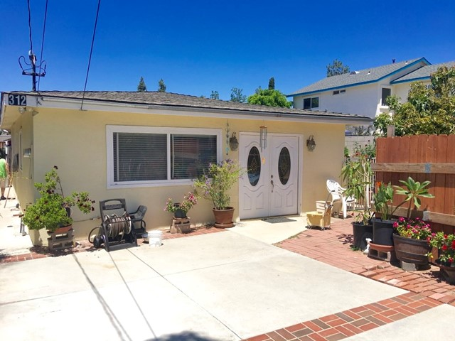 312 310 S Hewes Street Orange, CA 92869 is listed for sale as MLS Listing OC17179055