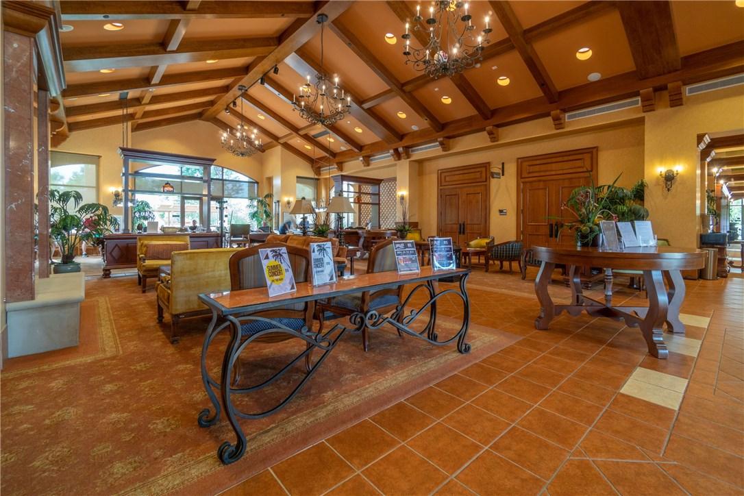 1350 Corte Alamonte, Hemet CA: http://media.crmls.org/medias/274cca25-1959-4135-95ec-fb6b5dd4518a.jpg