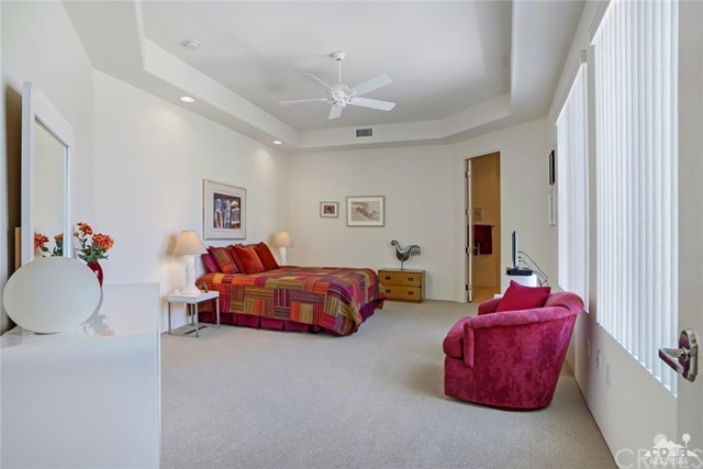 10 Via Haciendas, Rancho Mirage CA: http://media.crmls.org/medias/274f3304-6e77-4540-98a4-12d49ad42e81.jpg