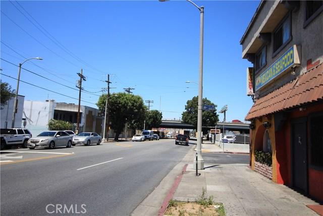 1800 S Central Avenue Los Angeles, CA 90021 - MLS #: DW18142743