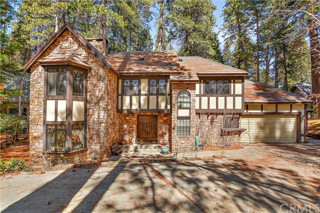 407 Giant Oak Circle, Lake Arrowhead, CA 92352