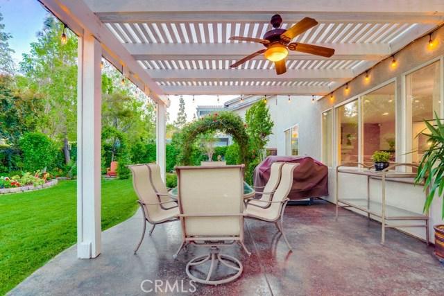 598 Redondo Lane, Corona CA: http://media.crmls.org/medias/275e297c-87c0-49cb-b066-c73cdbc554d8.jpg