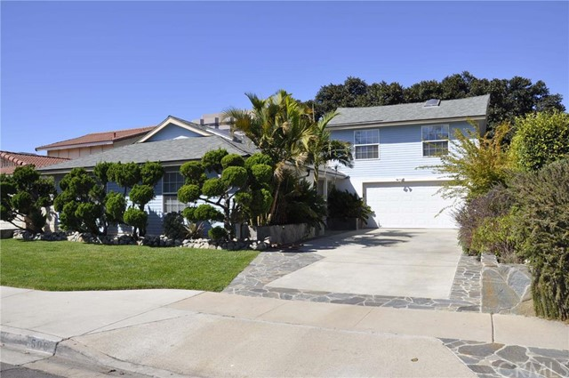 Single Family Home for Rent at 506 Traverse St Costa Mesa, California 92626 United States