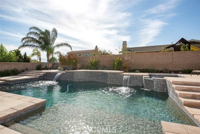 2760  Wycliffe Street, Corona, California