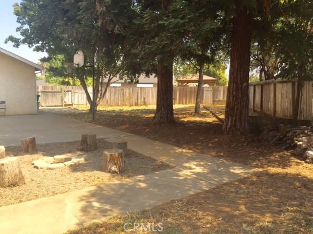 94 Artesia Drive, Chico CA: http://media.crmls.org/medias/2772308e-e8ea-494b-ab85-bbe9aa021506.jpg