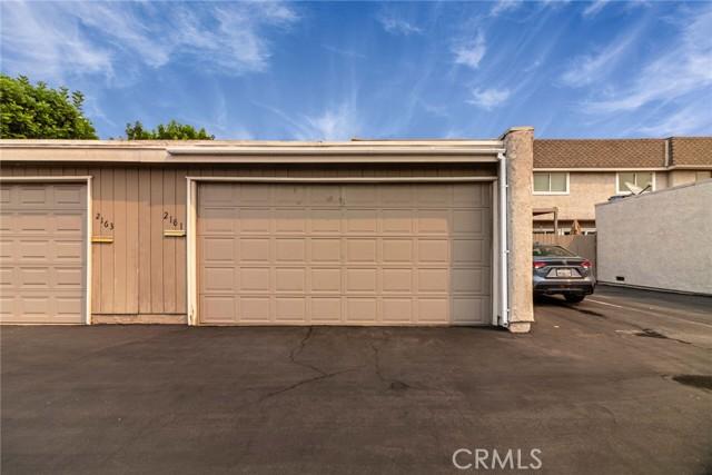 2161 W Wellington Circle, Anaheim CA: http://media.crmls.org/medias/2776eea1-b308-4ea0-a11f-da4a77ddaadb.jpg