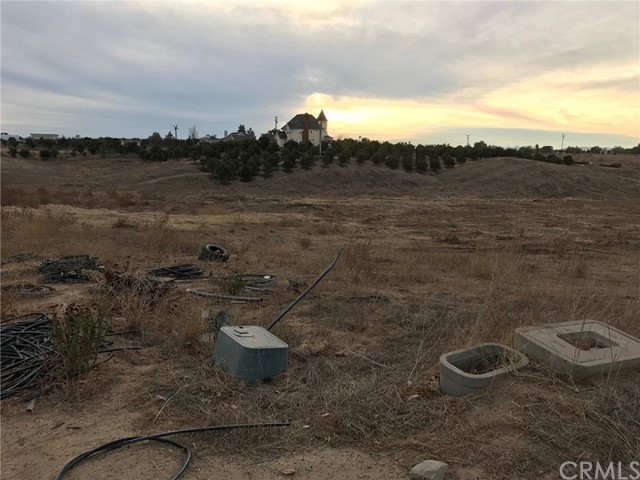 249 Meadowridge, Temecula, CA  Photo 2