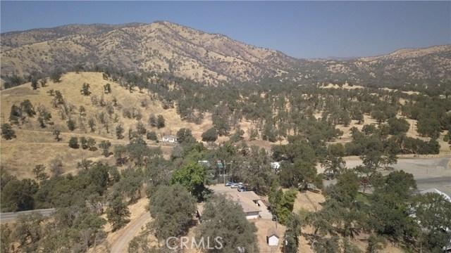 35343 Hopewell Road, Squaw Valley CA: http://media.crmls.org/medias/278ec7d9-9001-442d-8123-fea54e938014.jpg