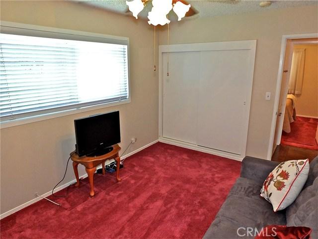 562 E Kenbridge Drive, Carson CA: http://media.crmls.org/medias/2795b651-737b-4689-a26b-07cbe8dfe6a3.jpg