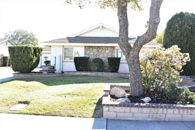 5980 Kitty Hawk Drive, Riverside CA: http://media.crmls.org/medias/279acb6e-bb3b-4929-853e-34582af71f34.jpg