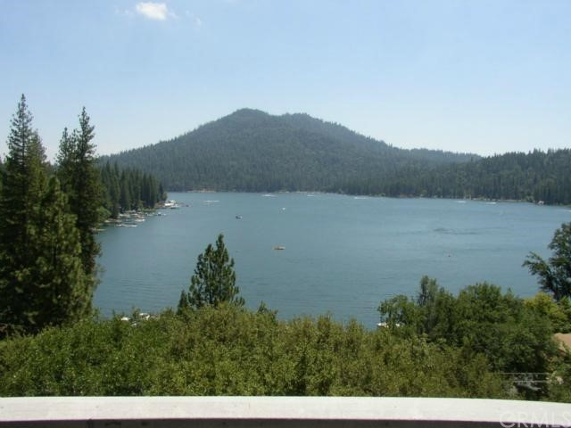 Single Family Home for Sale at 53455 Road 432 53455 Road 432 Bass Lake, California 93604 United States