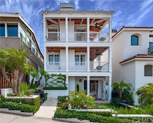 Photo of 208 20th Street, Manhattan Beach, CA 90266