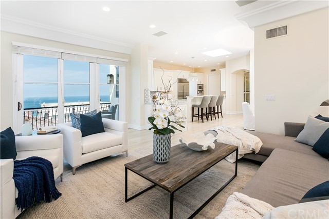 Additional photo for property listing at 320 32nd Street 320 32nd Street Manhattan Beach, Kaliforniya,90266 Amerika Birleşik Devletleri