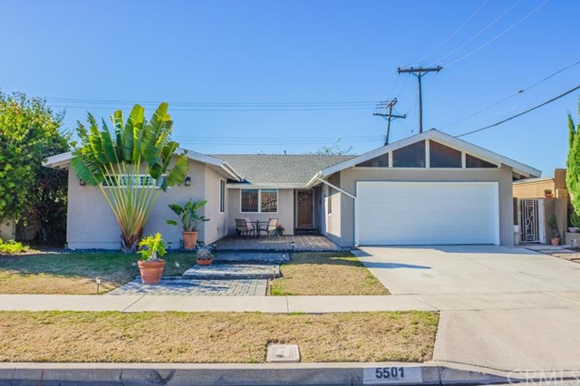 Single Family Home for Sale at 5501 Meinhardt St Westminster, California 92683 United States