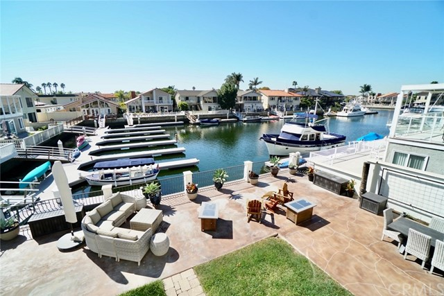 16381  Maruffa Circle,Huntington Harbor  CA