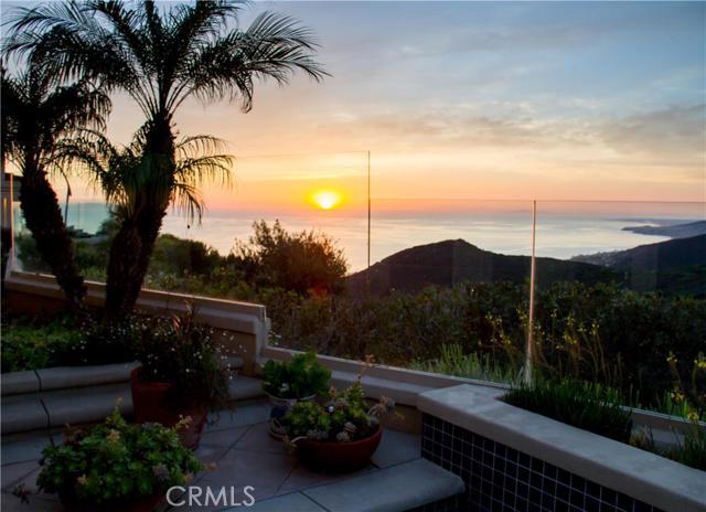 Single Family Home for Sale at 27 Le Conte Laguna Niguel, California 92677 United States