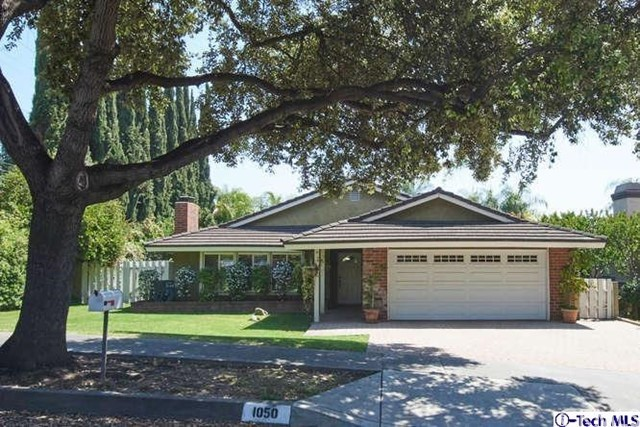 1050 El Caballo Drive, Arcadia, California 91006, 3 Bedrooms Bedrooms, ,2 BathroomsBathrooms,Residential,For Sale,El Caballo,319001700