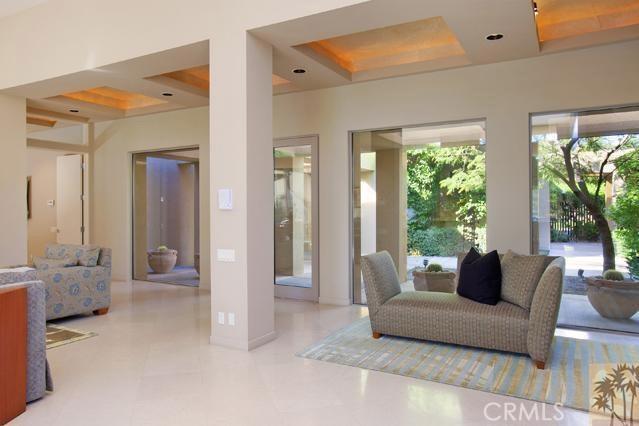 108 Waterford Circle, Rancho Mirage CA: http://media.crmls.org/medias/27f654dd-2d40-4bfb-ba92-4e18fde6cdd1.jpg