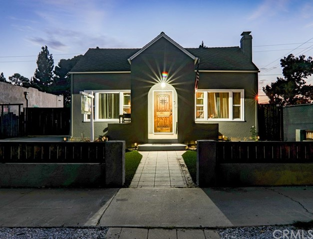 1124 N Olive Street Santa Ana, CA 92703 - MLS #: PW17123304