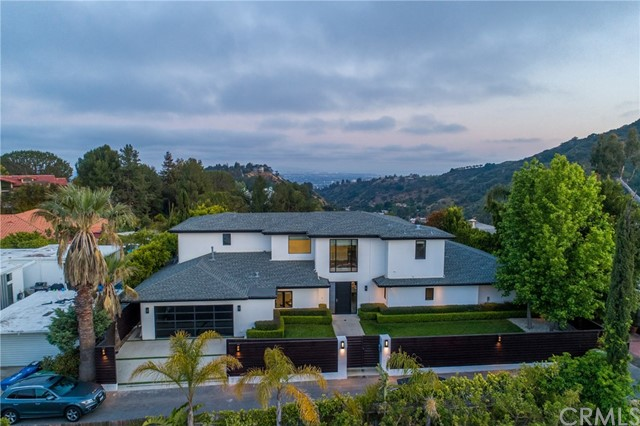 2187 Summitridge Dr, Beverly Hills, California