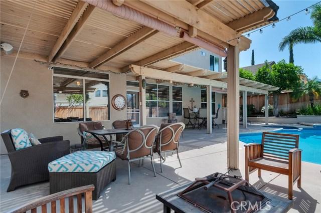 2856 S Buena Vista Avenue, Corona CA: http://media.crmls.org/medias/28245713-3db9-4430-9a49-41906ee31f30.jpg