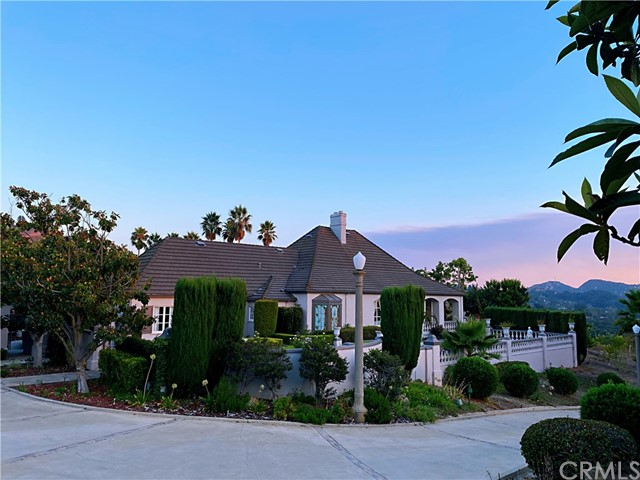 Photo of 48100 Sandia Creek Drive, Temecula, CA 92590