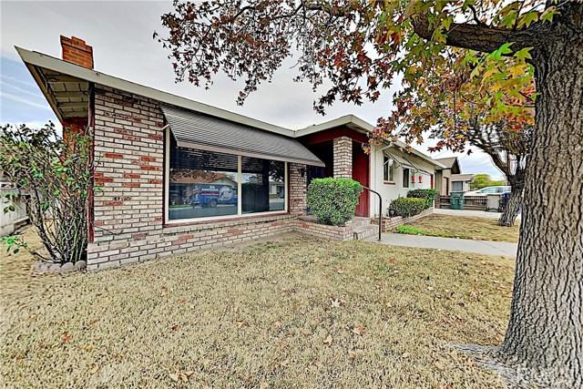 1405 S Nevada Avenue, Los Banos CA: http://media.crmls.org/medias/283ad8b5-d8b0-482b-8b75-12b0893b68c7.jpg