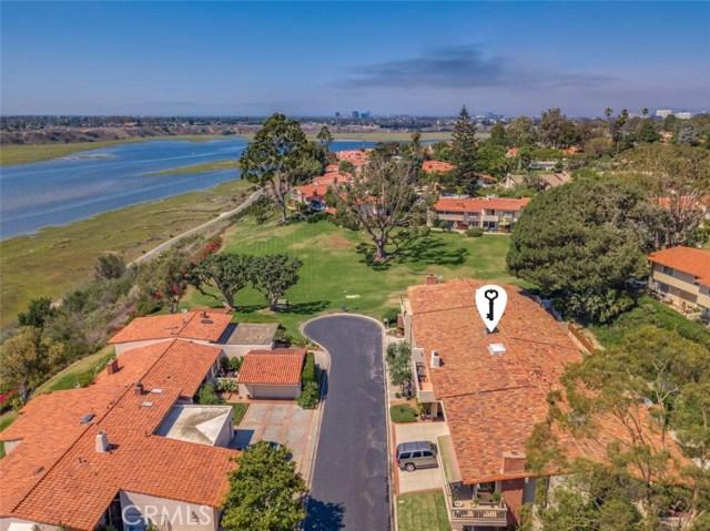 2024 Avenida Chico, Newport Beach CA: http://media.crmls.org/medias/283d7d21-ad93-4381-b805-097fe8757024.jpg
