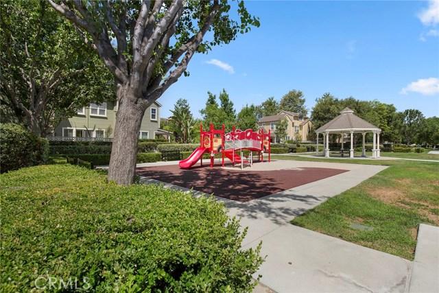 15 Attleboro Street, Ladera Ranch CA: http://media.crmls.org/medias/284ce9ed-69d8-4b17-8c27-74894b74ddf8.jpg