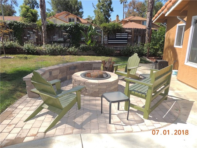 41754 Gilwood Court Temecula, CA 92591 - MLS #: SW18158176