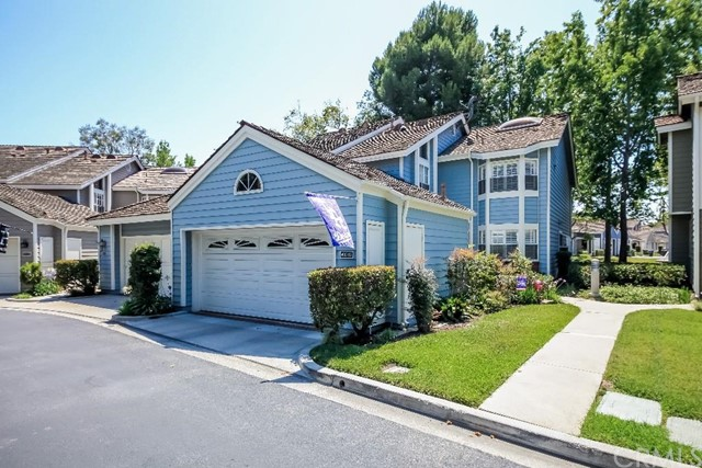 490   Medford Court  102 , CA 90803 is listed for sale as MLS Listing PW15134231
