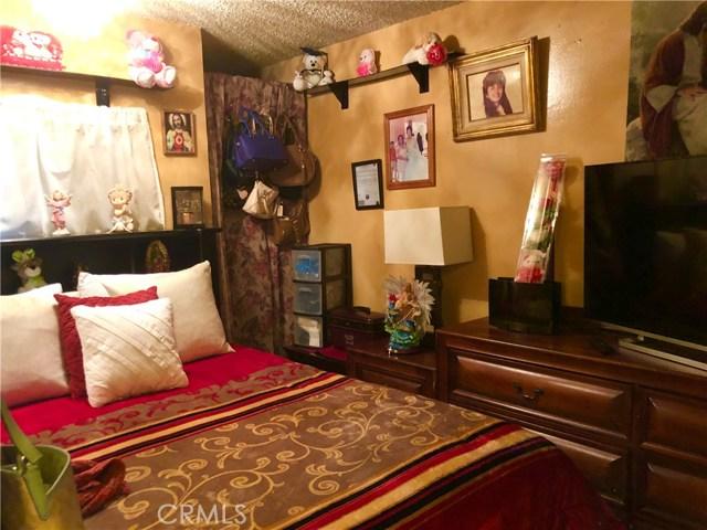 1602 N King Street, Santa Ana CA: http://media.crmls.org/medias/286d9230-a41b-41ff-baa8-305c0231645c.jpg