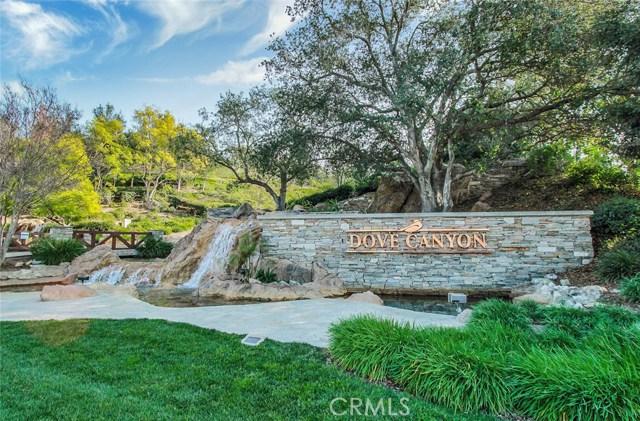 17 Berkshire, Rancho Santa Margarita CA: http://media.crmls.org/medias/2872bca8-2111-44eb-b52e-0f479fc3d27f.jpg