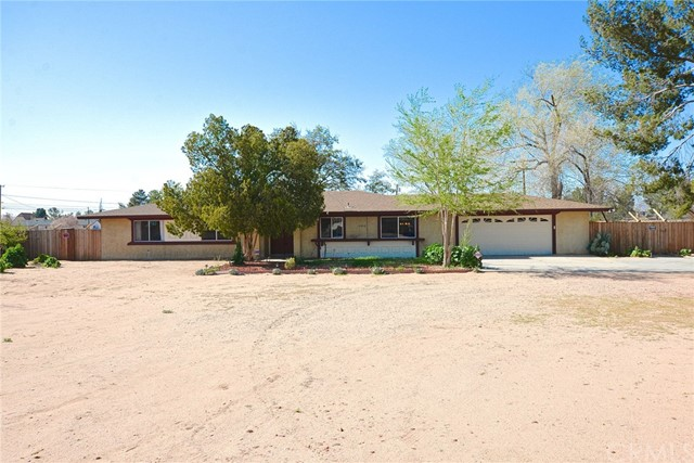 13910 Jicarilla Road, Apple Valley, CA, 92307