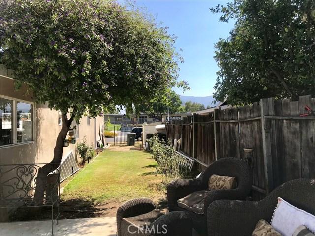 1011 W Citron Street, Corona CA: http://media.crmls.org/medias/28a12987-d4eb-41ff-81e0-e0fbf3e93a11.jpg