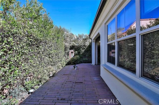 203 Cedarwood, Irvine CA: http://media.crmls.org/medias/28a1bdc5-4426-42a4-84d2-436dfa790075.jpg