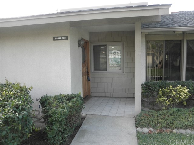 8565 Larkhall Circle 802B  Huntington Beach CA 92646