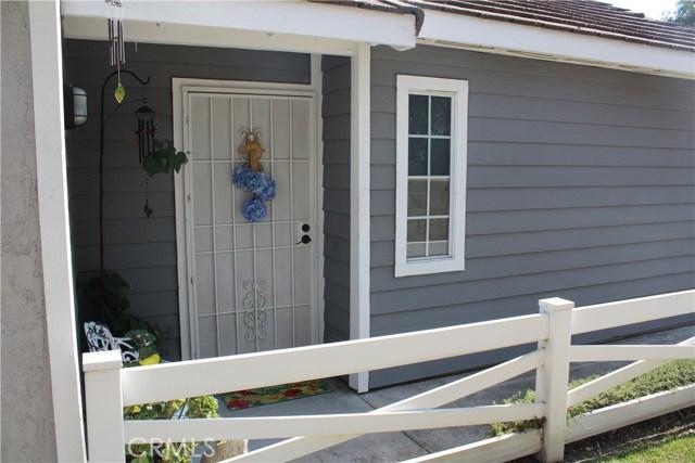 6645 Brighton Place, Alta Loma CA: http://media.crmls.org/medias/28a5b7c7-7a1c-4b03-af8f-f0ef45c23753.jpg