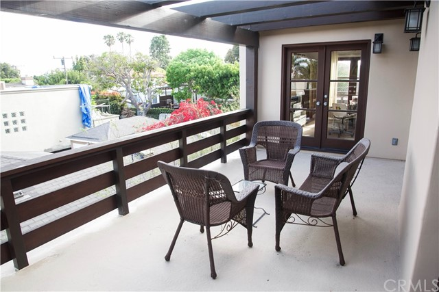3529 Oak Avenue Manhattan Beach, CA 90266 - MLS #: SB18155448