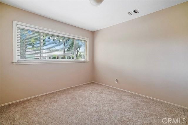 3753 Petaluma Avenue, Long Beach CA: http://media.crmls.org/medias/28b32e8a-4e7f-415f-90f4-02d7da10624c.jpg