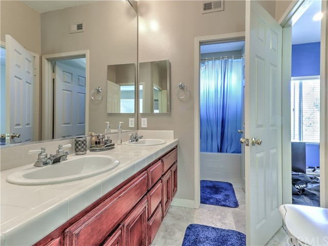 44736 CORTE VALENCIA, TEMECULA, CA 92592  Photo 18