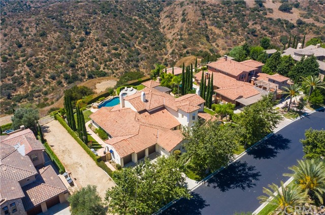 16762 Catena Drive, Chino Hills CA: http://media.crmls.org/medias/28bedcb3-2208-4717-9ece-25c59daf9255.jpg